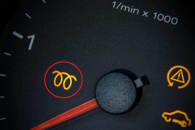 دور شمعات التوهج في السيارات وكيفية التحقق منها