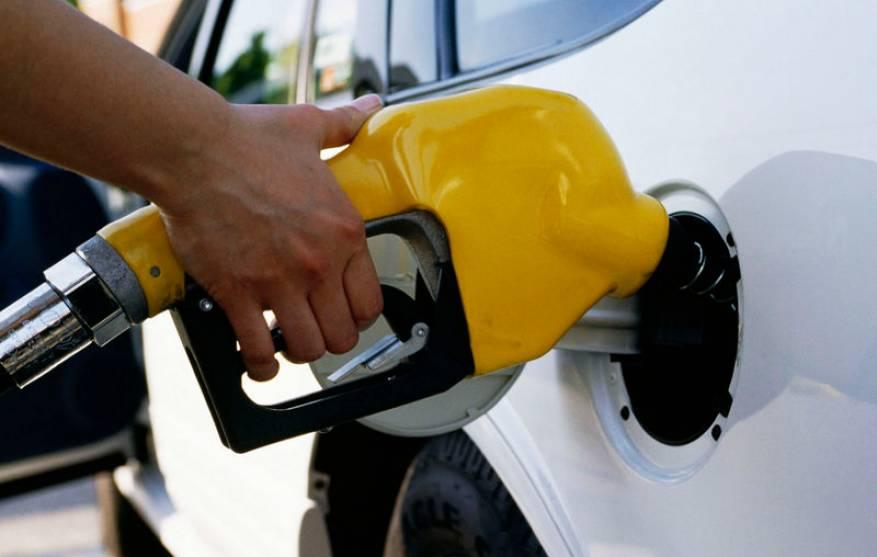 حل مشكلة وضع الوقود الخطأ في سيارتك