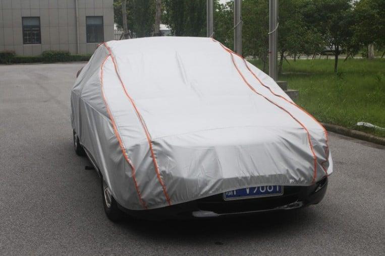 كيفية حماية السيارة المتوقفة أثناء فترة سفر مالكها