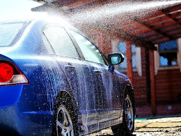 أسباب هامة تجعلك تنظف سيارتك بإنتظام