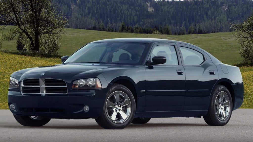 سيارات بقوة 300 حصان يمكنك شرائها بأقل من 10،000 دولار