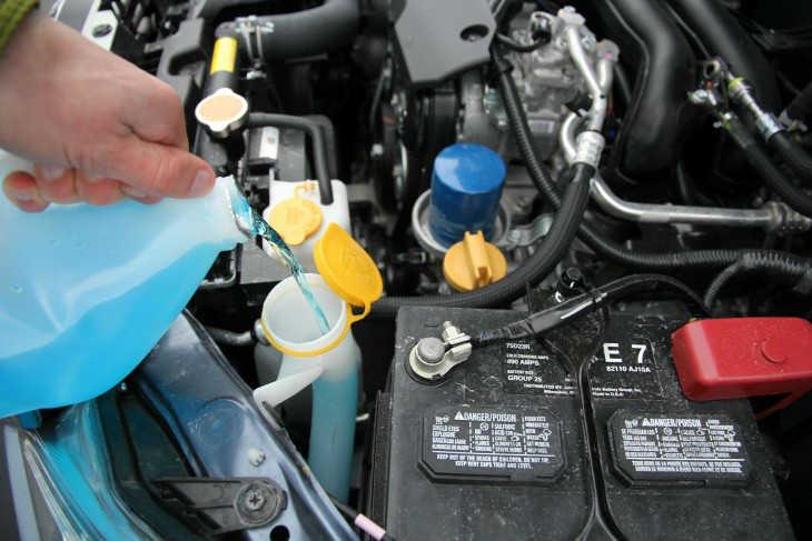 خفض درجة حرارة محرّك السيارة عند ارتفاعها !