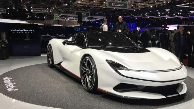 Battista سيّارة كهربائيّة تنافس بوجاتي ولامبورجيني !