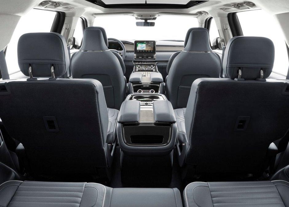 لنكولن نافيجاتور ٢٠١٩، سيارة في هيئة يخت!