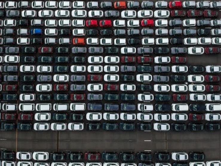 """""""البريكسيت"""" يتسبب في تراجع مبيعات السيارات في بريطانيا لأدنى مستوى منذ2013"""