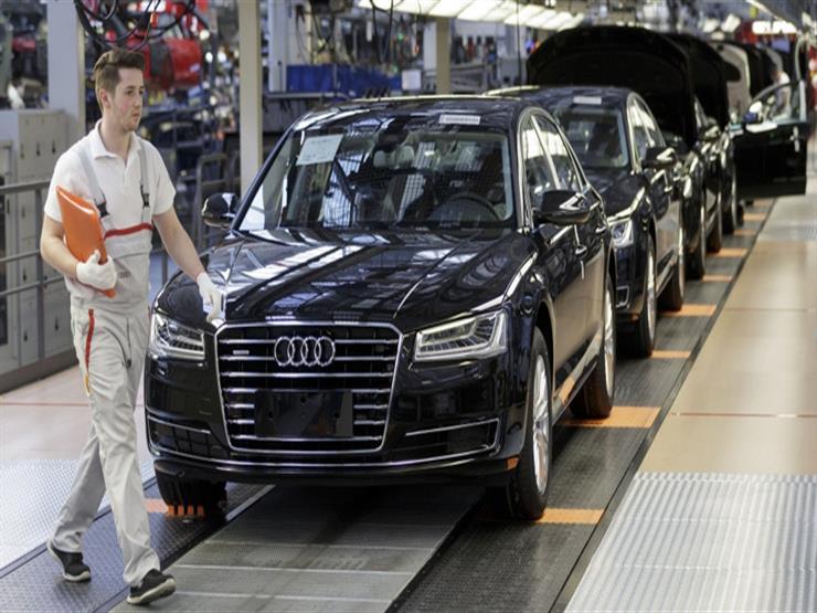 السيارات الكهربائية تشكّل خطراً على مستقبل 20 ألف عامل لدى لدايملر وأودي الألمانيتين.