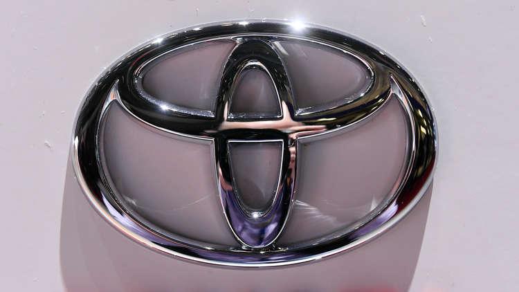تويوتا تقدم سيارة جديدة من SUV