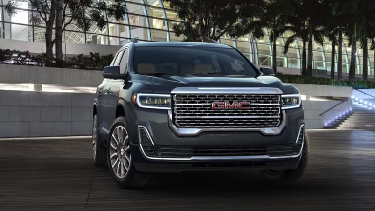 GMC تكشف عن منافسة Land Cruiser الجديدة
