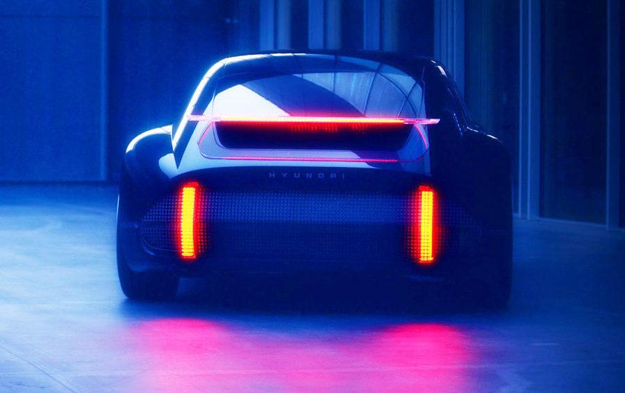 """""""بروفيسي"""" سيارة كهربائية جديدة من هيونداي"""