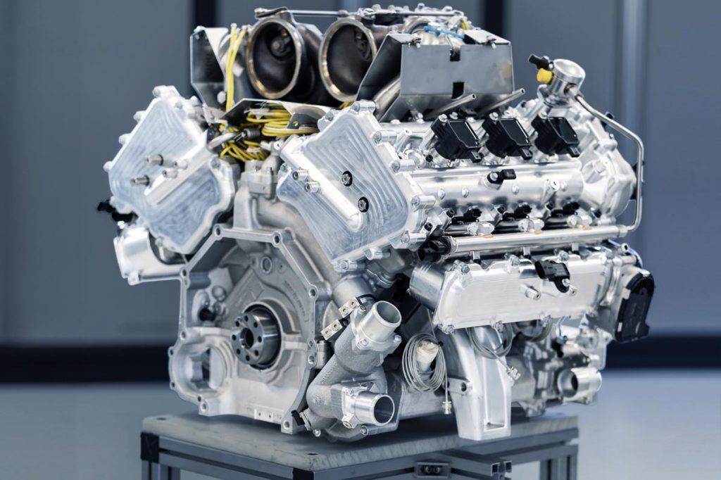 أستون مارتن تفتتح عصراً جديداً في عالم المحركات بست أسطوانات