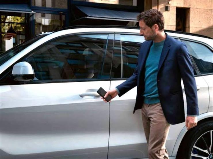"""عالم جديد من الرفاهية.. الهاتف الذكي يغزو """"عالم السيارات"""""""