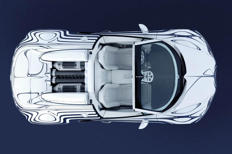 لك أن تتخيل صوت بريكات سيارة بوجاتي فيرون جراند سبورت عند اصطدامها بشكل فجائي !