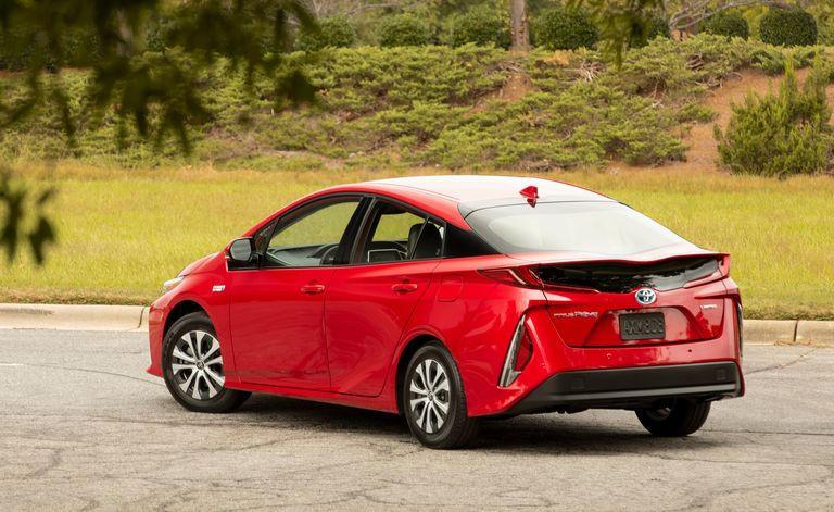 تويوتا في نسخة 2021 من Prius Prime الهجينة