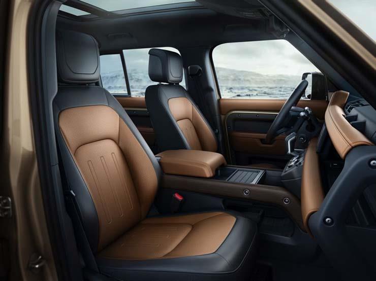 جائزة أفضل SUV لعام 2021 كانت لـ لاند روفر ديفندر!