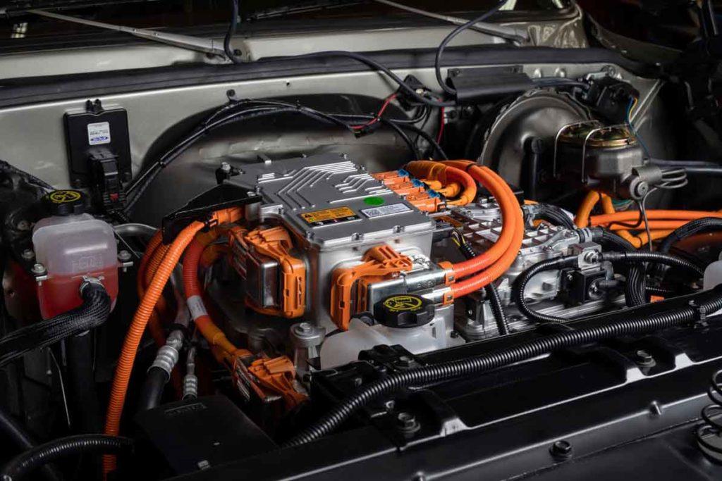 شيفروليه تعيد K5 Blazer إلى الحياة وكهربائية