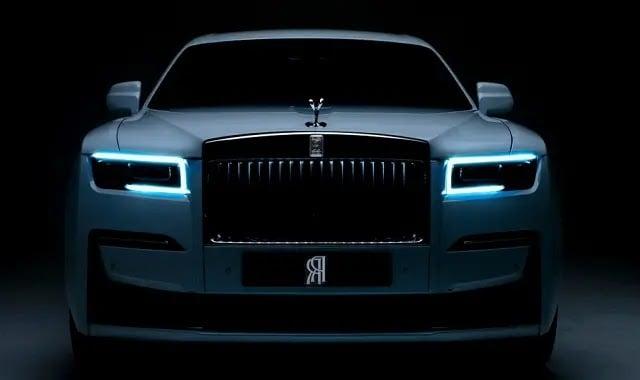 Rolls-Royce-Ghost-2021