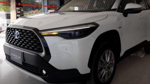 تويوتا تطلق نسخاً رباعية الدفع من Corolla الشهيرة